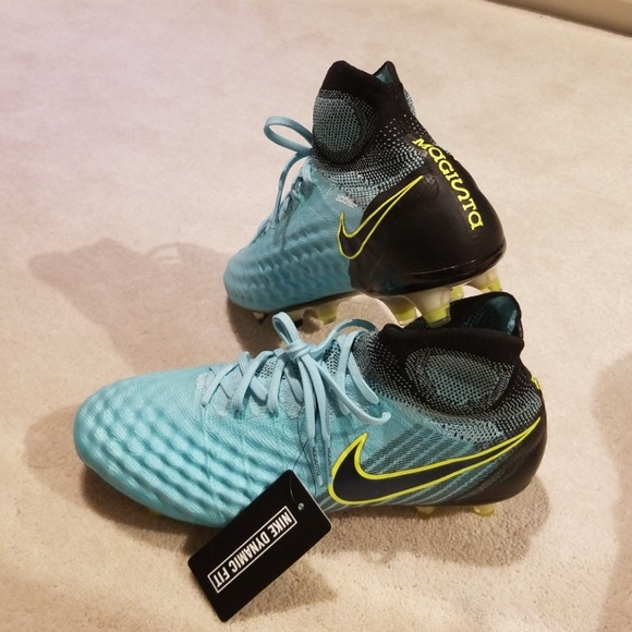 Nike Magista flyknit soccer cleats 036b30b318bb